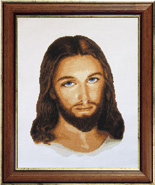 X-716, Jesus The cross stitch kit contains: DMC cotton thread, 16 count cotton Aida Zweigart, needle, color chart and instructions. Size (28 x 37.5 cm)