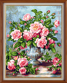 X-923, Pink roses