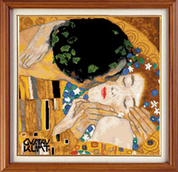 X-114, The kiss - Gustav Klimt The cross stitch kit contains: DMC cotton thread, 16 count cotton Aida Zweigart, needle, color chart and instructions